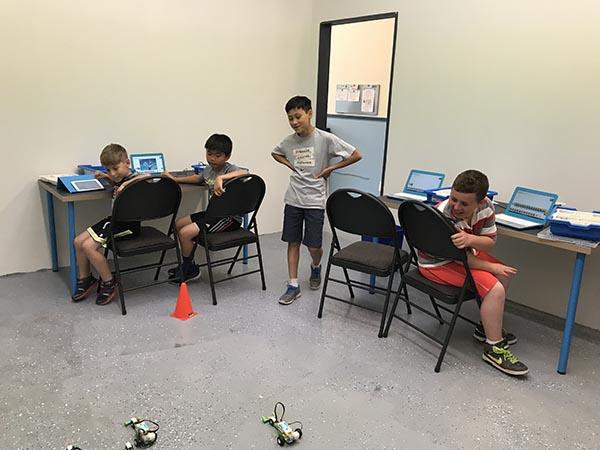 Small robotics class sizes